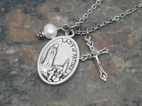Lady's garden rosaries