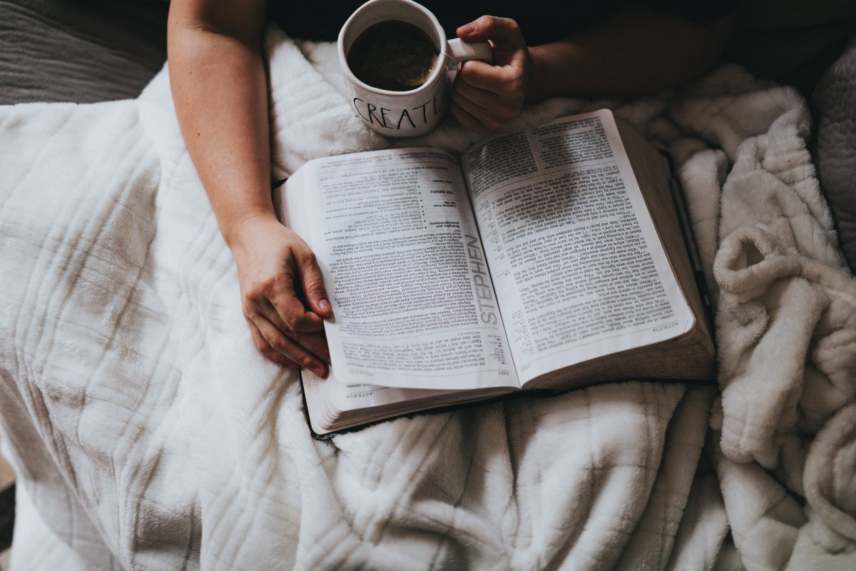 5 Women Share their Favorite Book of the Bible + Why